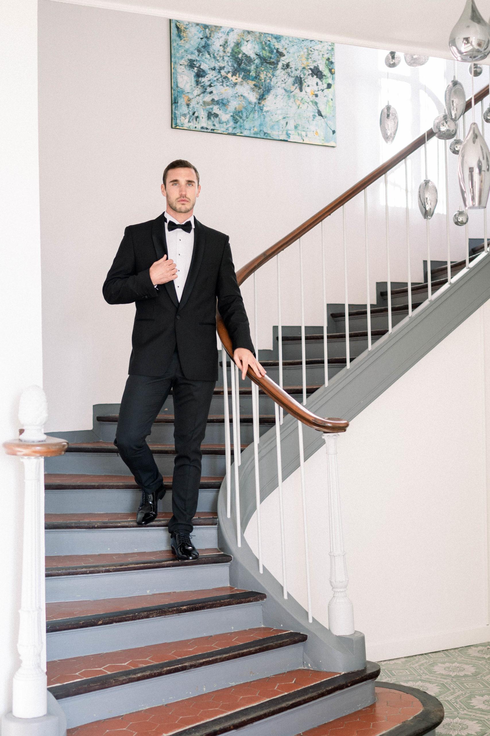 groom destination wedding provence