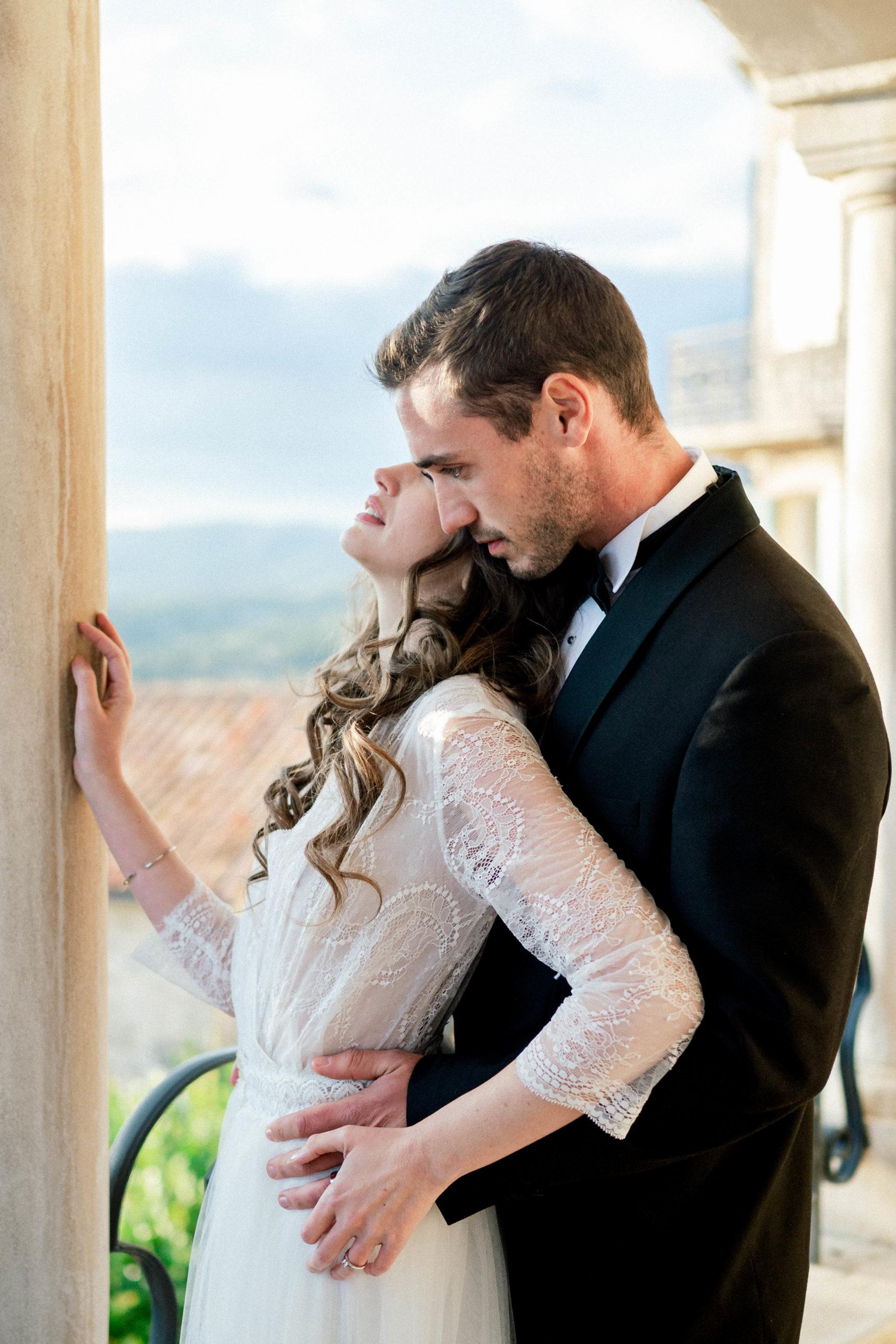Couple Mariage en Provence Sylvia Calmet