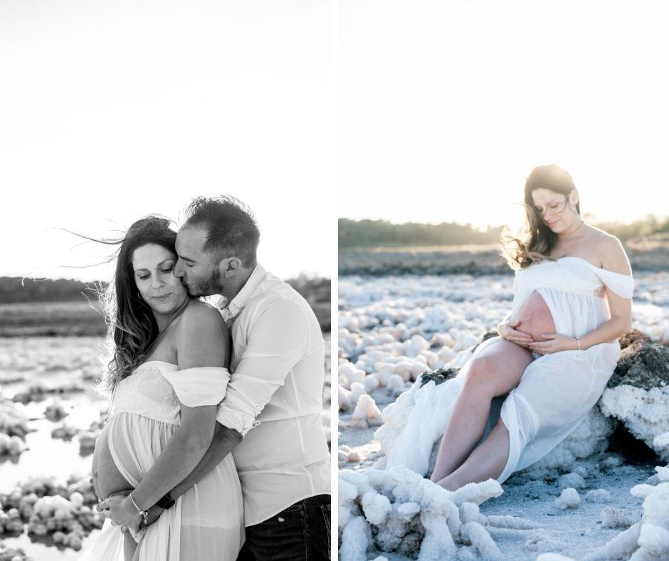 Couple d'amoureux en bord d'étang pour leur séance photographies de grossesse
